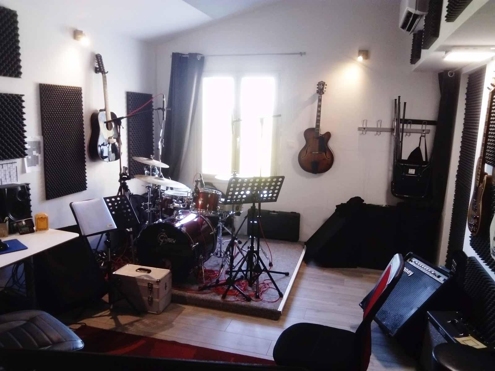 AsGuitare.com studio cours de guitare à chateaurenard avec Sylvain Gabriel